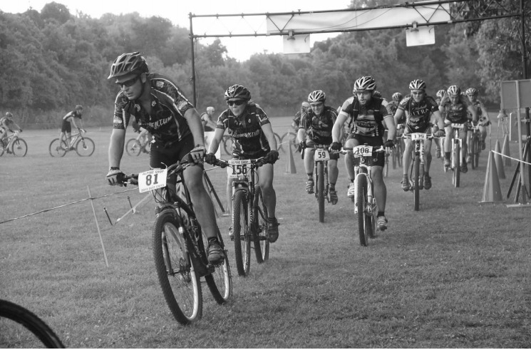 MO: Ballwin Cycles Dirt Crits