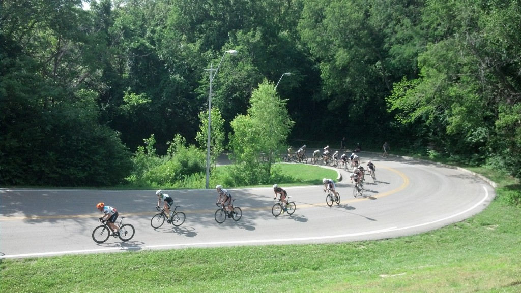 Tour of Kansas City Cliff Drive