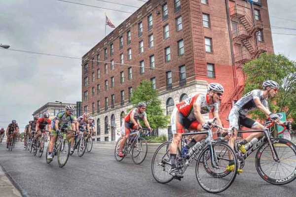 Tour of Lawrence and Midwest Racing Weekend Schedule