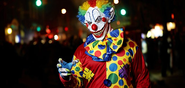 Clown Attempts to Murder Cyclist – Seriously